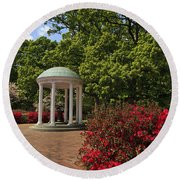 The Old Well At Chapel Hill Round Beach Towel