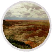 Viewpoint In The Painted Desert Round Beach Towel