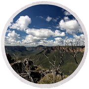 The Pulpit Rock Lookout Round Beach Towel