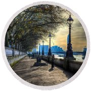 The River Thames Path Round Beach Towel