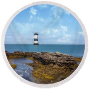 Trwyn Du Lighthouse Round Beach Towel