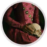 Tudor Woman Holding A Human Skull Round Beach Towel