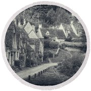 Vintage Photo Effect Medieval Arlington Row In Cotswolds Country Round Beach Towel