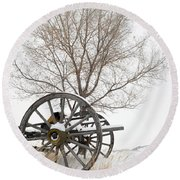 Wagon In The Snow Round Beach Towel