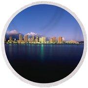 Waikiki Skyline Round Beach Towel