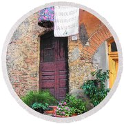 Washing Day Tuscany Round Beach Towel