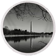 Washington Memorial Framed By Cherry Trees In The Winter Round Beach Towel