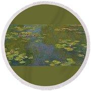 Water Lily Pond Round Beach Towel