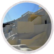White Architecture In The City Of Oia In Santorini, Greece Round Beach Towel