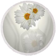 White On White Daisies Round Beach Towel