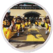 Wyoming Cowboys Entering The Field Round Beach Towel