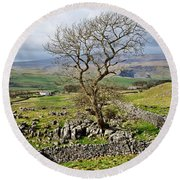 Yorkshire Dales Landscape Round Beach Towel