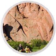 Garden Of The Gods Ten Mile Run In Colorado Springs Round Beach Towel
