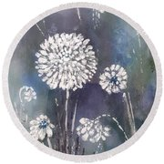 #1083 Wild Flower #1 Round Beach Towel