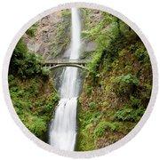 1416 Multnomah Falls Round Beach Towel