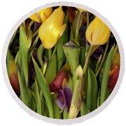 Tulips Wilting Round Beach Towel