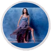 1576 Celebrity Catherine Zeta Jones  Round Beach Towel