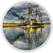 1797 Trading Ship Replica - Friendship Of Salem Round Beach Towel