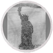 18,000 Officers And Men Form The Statue Of Liberty At Camp Dodge In Iowa. 1917 Round Beach Towel