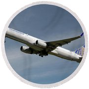 United Airlines Boeing 757-224 Round Beach Towel