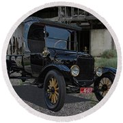 1923 Ford Model T Truck Round Beach Towel