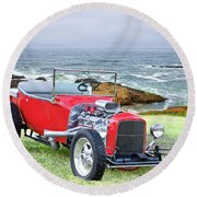 1927 Ford T Bucket Roadster 'on The Greens' Round Beach Towel