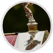 1928 Rolls-royce Phantom 1 Hood Ornament Round Beach Towel