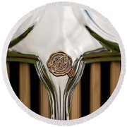 1931 Chrysler Coupe Grille Emblem Round Beach Towel