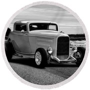 1932 Ford Coupe 'black And White' Round Beach Towel