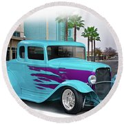 1932 Ford 'down Town' Coupe Round Beach Towel