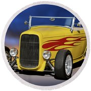 1932 Ford Roadster 'hiboy' Round Beach Towel