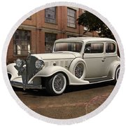 1933 Buick Victoria 'bootleg Beauty' Round Beach Towel