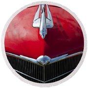 1933 Oldsmobile Hood Ornament Round Beach Towel