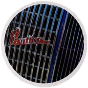 1935 Pontiac 2 Door Sedan Grill Logo Round Beach Towel