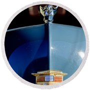 1947 Nash Suburban Hood Ornament 2 Round Beach Towel
