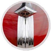 1949 Diamond T Truck Hood Ornament Round Beach Towel