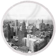 1955 Downtown Chicago Round Beach Towel