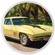 1967 Chevrolet Corvette Sport Coupe Round Beach Towel