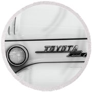 1969 Toyota Fj-40 Land Cruiser Emblem -0441bw Round Beach Towel