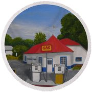 1970s Gas Station Round Beach Towel