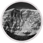 1m3769 Bw East Face Mt Kitchner Round Beach Towel