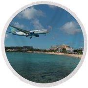Air Caraibes Landing At St. Maarten Round Beach Towel