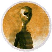 Alien Portrait Round Beach Towel