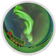 Aurora Borealis Over Churchill Round Beach Towel