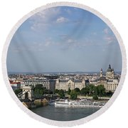 Chain Bridge On Danube River Budapest Cityscape Round Beach Towel