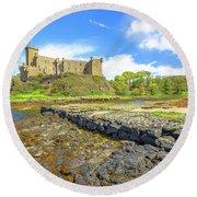 Dunvegan Castle Landscape Round Beach Towel