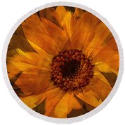 10449 Flower Round Beach Towel