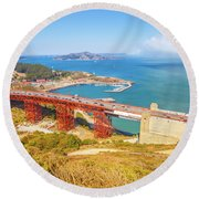 Golden Gate Bridge Vista Point Round Beach Towel