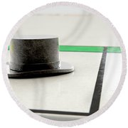 Hat Icon On A Boardgame Round Beach Towel