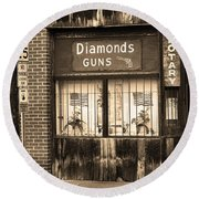 Johnson City Tennessee - Gun Shop Round Beach Towel